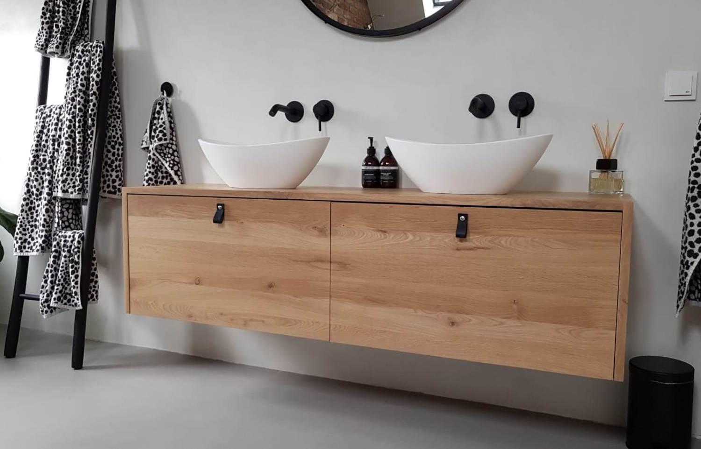 Badkamermeubel met leer
