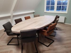 Ovale tafel 7